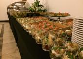 Czarny-stol-z-cateringiem-dla-firmy-w-Gdansku